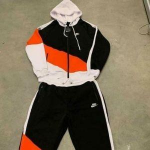Nike jogging set